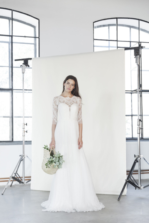 Divine Atelier — Leya 2018