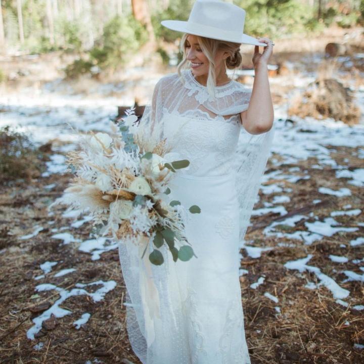 Emily McIntosh by Nicole Daniels Photography
